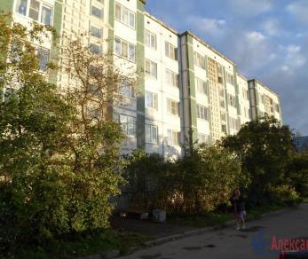 Продажа квартиры Коммунар, Бумажников ул., д.3