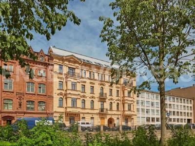 Продажа квартиры 75 м2 Адмиралтейского кан. наб., д.15