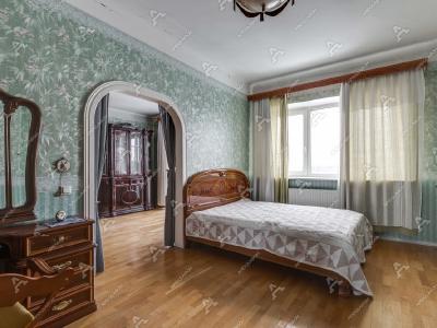 Аренда квартиры 65 м2 Троицкая  пл. П. С., д. 1