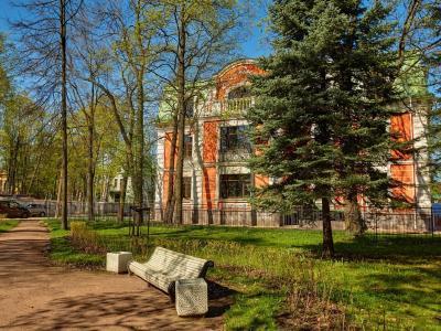 Продажа квартиры 200.9 м2 Санаторная алл., д.3