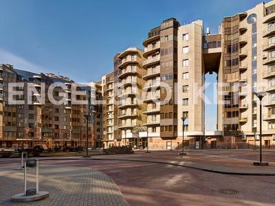 Продажа квартиры 229 м2 Воскресенская наб., д.4