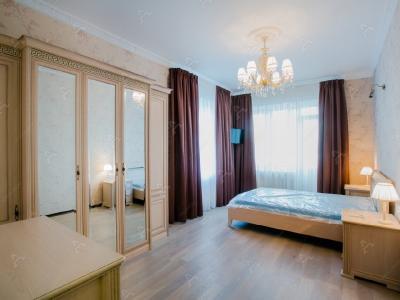 Аренда квартиры бизнес-класса 109 м2 Глухая Зеленина ул., д.2
