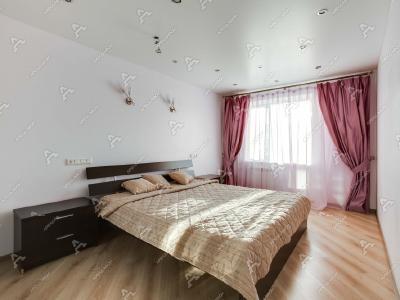 Аренда квартиры бизнес-класса 75 м2 Савушкина ул., д.128