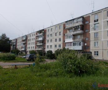 Продажа квартиры Тихвин г., 2-й мкр., д. 14