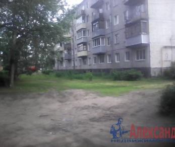 Продажа квартиры Сясьстрой, Строителей ул., д.9