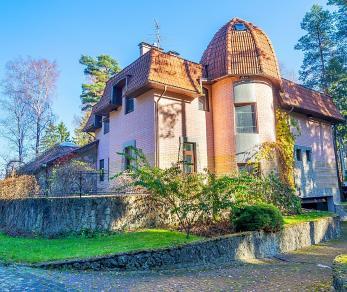 Продажа дома Комсомола 151