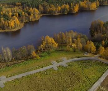 Коттеджный поселок Озеро Лунное