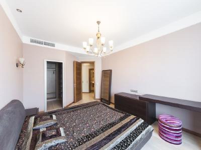 Продажа квартиры 142.2 м2 Крестовский пр., д.15