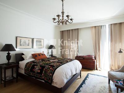 Продажа квартиры 151 м2 Реки Мойки наб., д.40