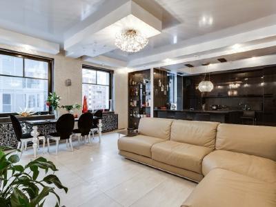 Продажа квартиры 165 м2 Рюхина ул., д.10