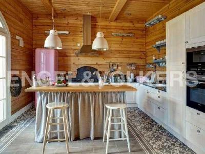 Продажа дома/коттеджи 782 м2 Красное