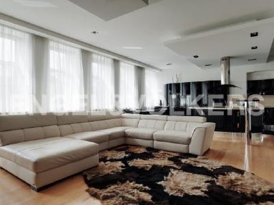Продажа квартиры 201 м2 Манежный пер., д.16