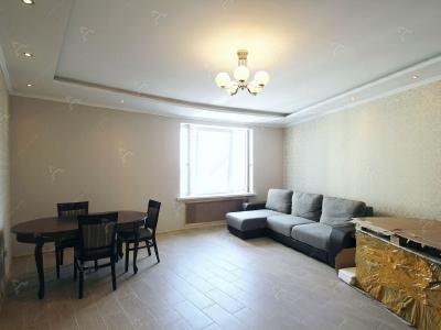 Аренда квартиры в старом фонде 92 м2 Малый В.О. пр., д.90