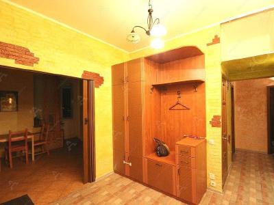 Аренда квартиры бизнес-класса 100 м2 Новоколомяжский пр., д.4к1