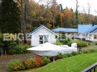 Продажа дома/коттеджи 563 м2 Матросово