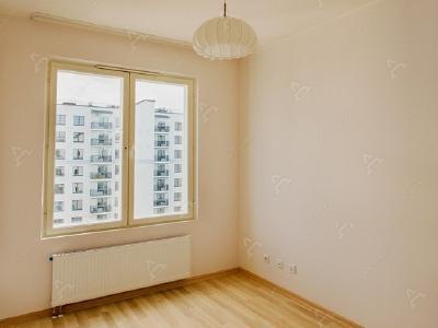 Аренда квартиры бизнес-класса 85 м2 Обводного кан. наб., д.108