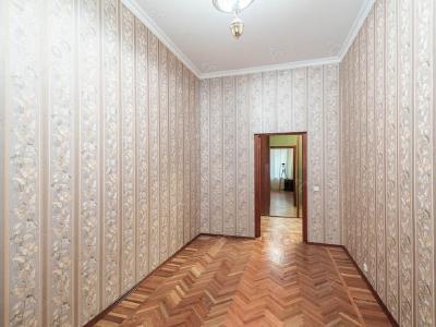 Аренда квартиры в старом фонде 130 м2 Социалистическая ул., д.6