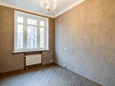Аренда квартиры 76 м2 Парадная ул., д.3