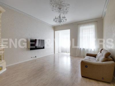 Продажа квартиры 128 м2 Каменноостровский пр., д.35
