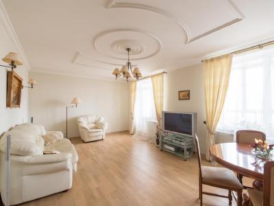 Продажа квартиры 100.3 м2 Капитанская ул., д.4
