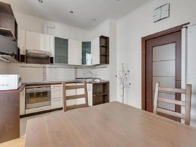Аренда квартиры 110 м2 Нахимова ул., д.15