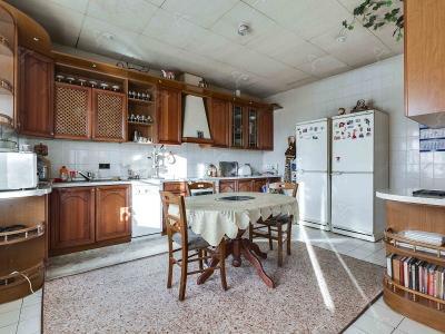 Аренда квартиры бизнес-класса 180 м2 Бухарестская ул., д.59