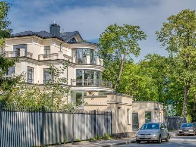 Продажа дома/коттеджи 1260 м2 Реки Крестовки наб., д.3