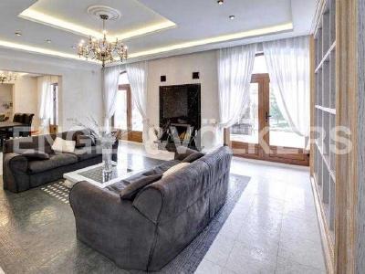 Продажа дома/коттеджи 550 м2 Репино пос., Алакюль ДНП