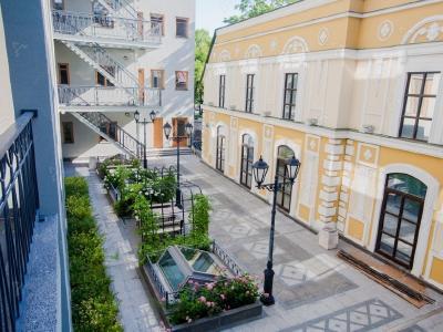 Аренда квартиры 100 м2 Конногвардейский бул., д.5
