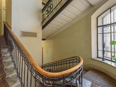 Продажа квартиры 192.3 м2 Таврическая ул., д.37