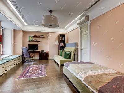 Аренда квартиры 250 м2 Петровская наб, д. 8