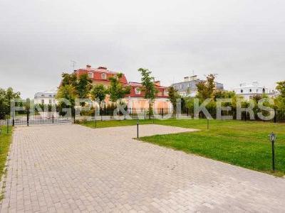 Продажа дома/коттеджи 572 м2 Лахта