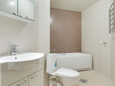 Продажа квартиры бизнес-класса 103 м2 Беринга ул., д.5