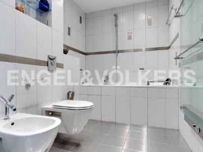 Продажа квартиры 160 м2 пл. Искусств, д. 5