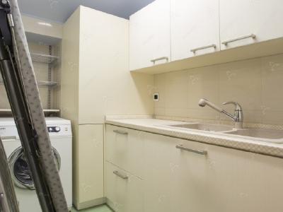 Аренда квартиры бизнес-класса 250 м2 3-я линия 1-й половины ул., д.33