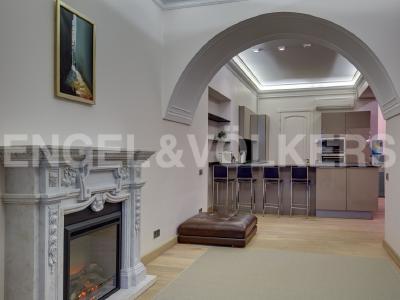 Продажа квартиры 162.6 м2 Конногвардейский бул., д.13