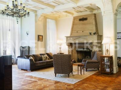 Продажа дома/коттеджи 1519 м2 Репино, Курортная ул.
