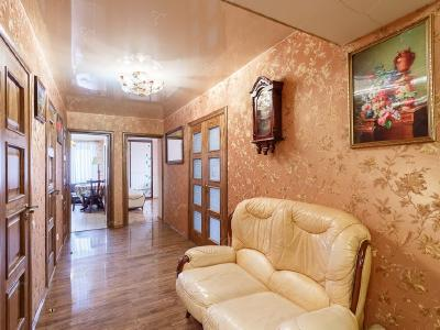 Аренда квартиры бизнес-класса 100 м2 Комендантская пл., д.8