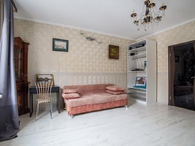 Аренда квартиры бизнес-класса 100 м2 Моисеенко ул., д.5