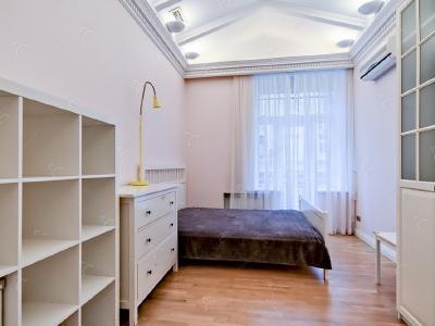 Аренда квартиры 130 м2 Австрийская пл., д.1