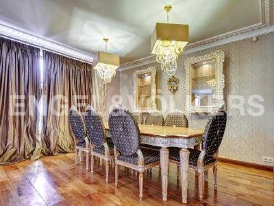 Продажа квартиры 210 м2 Миллионная ул., д.12