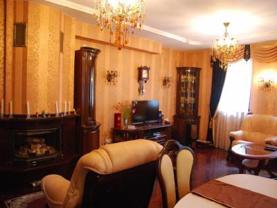 Продажа дома/коттеджи 400 м2 Вырица