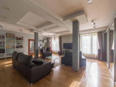 Продажа дома/коттеджи 286 м2 Вырица, Брацлавский пр.