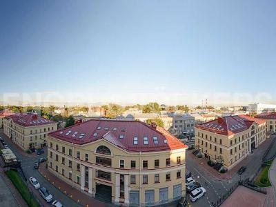Продажа квартиры 341 м2 Парадная ул., д.3