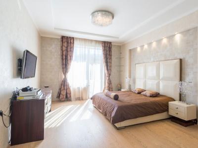 Продажа квартиры 200 м2 Песочная наб., д.40