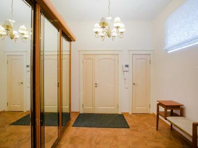 Аренда квартиры 170 м2 Б. Морская ул., д.31