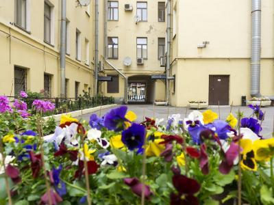 Продажа квартиры в старом фонде 134 м2 Маяковского ул., д.14
