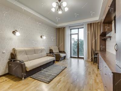 Аренда квартиры бизнес-класса 90 м2 Офицерский пер., д.8