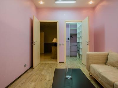 Продажа квартиры 137.5 м2 Исполкомская ул., д.12