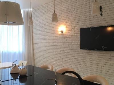 Аренда квартиры бизнес-класса 93 м2 Петергофское ш., д.53